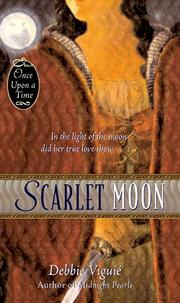 SCARLET MOON by Debbie Viguié