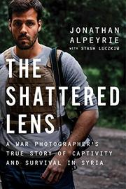 THE SHATTERED LENS by Jonathan  Alpeyrie